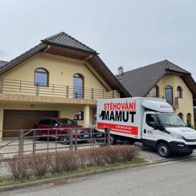 Stěhování rodinného domu z Pardubic do Hradce Králové